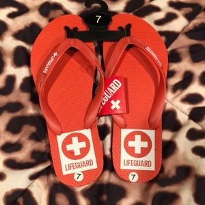 Shoes - NWT Size 7 Lifeguard Sandals